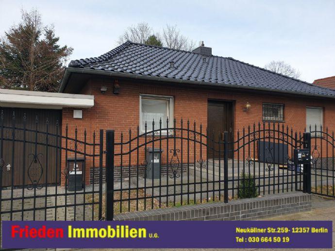 Zu vermieten: Einfamilienhaus in Berlin-Rudow! Zentrale, ruhige Lage, Gewerbe möglich!
