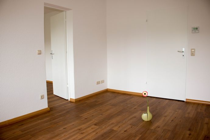 Helle 2-Zimmer-Wohnung im 1. Obergeschoss