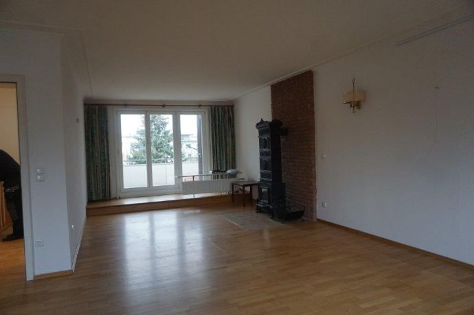 Sehr schöne 3-Zimmer-Wohnung mit 110 m² Wfl. im 1. und 2. Stock, Maisonette-Wohnung