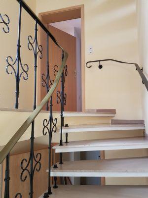 Treppenhaus zum 1.OG