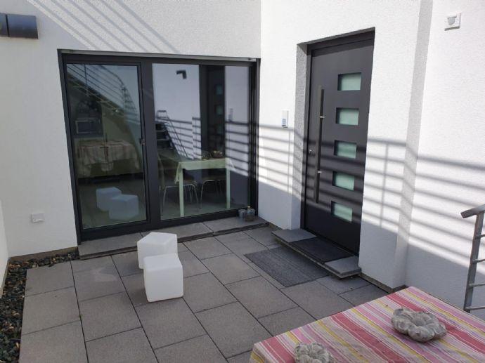 Moderne Wohnung mit EBK und Stellplatz im Rhein-Neckar-Kreis Brühl
