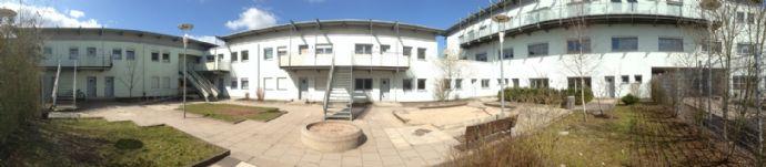 Vor kurzem renoviert  4-Zimmer-Wohnung in interessantem Haus in Pirmasens