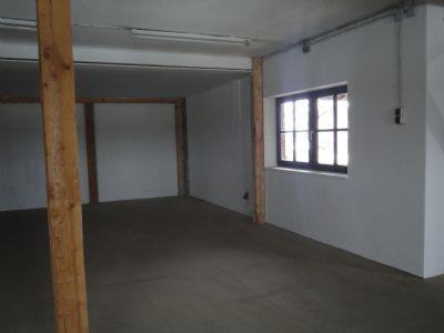 Grabenstätt Halle, Grabenstätt Hallenfläche