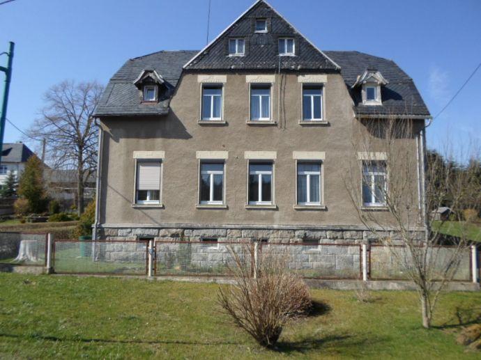 Wohnhaus mit Raum für Hobby oder Beruf