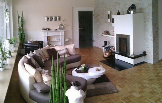 Komplett renovierte Wohn-Etage in bevorzugter Wohnlage, wohnen auf einer Ebene, mit Garten und Wintergarten *