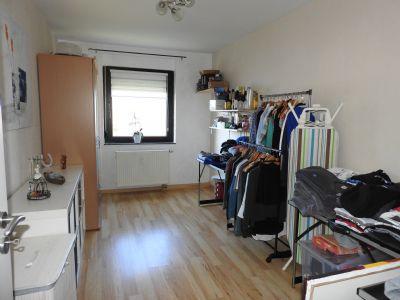sehr gepflegte und stilvolle eigentumswohnung in konz berendsborn etagenwohnung konz 2bbcf4w. Black Bedroom Furniture Sets. Home Design Ideas