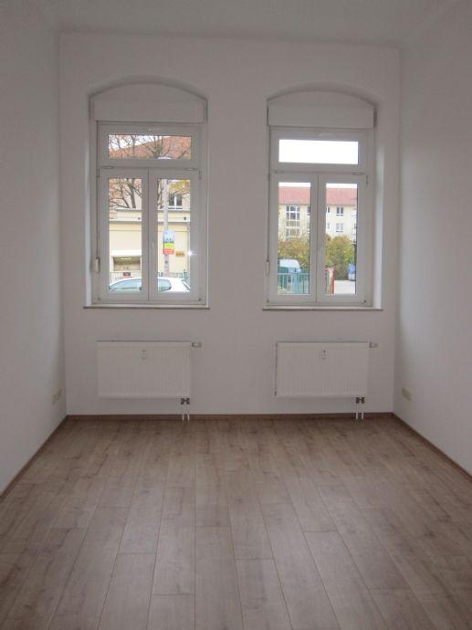 Helle, gut geschnittene 3 Zimmerwohnung mit Balkon und Abstellraum