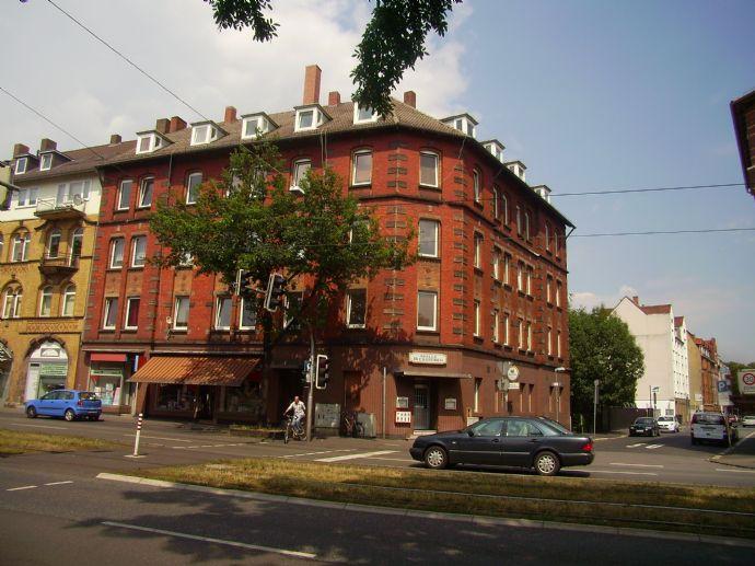 Große 4-ZKB Wohnung in direkter Uninähe