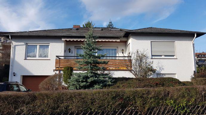 Einfamilienhaus freistehend mit Einliegerwohnung, Dachausbau und Garten in Rüdesheim am Rhein