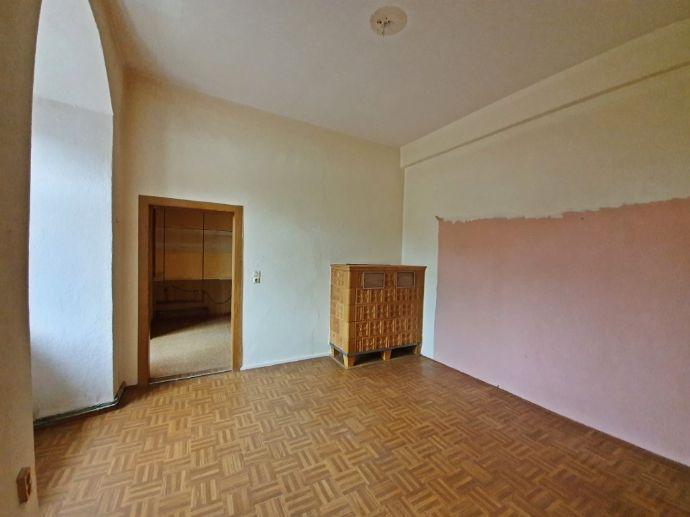 Günstige Single-Wohnung mit historischem Charme!!!
