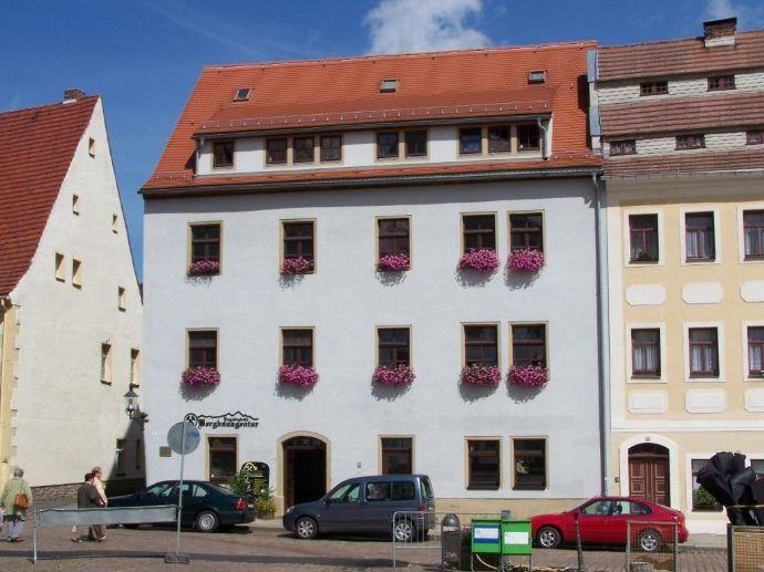 Geräumige 4-Raum-Wohnung am Untermarkt