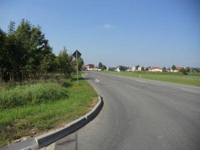 Bundesstraße vor dem Grundstück