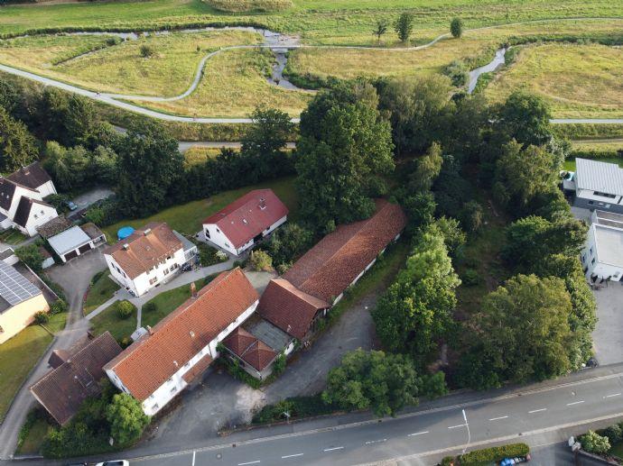 Grundstück mit Historie zum Bebauen oder Erweitern in einzigartiger Lage von Kulmbach mit freiem Blick über die Mainauen