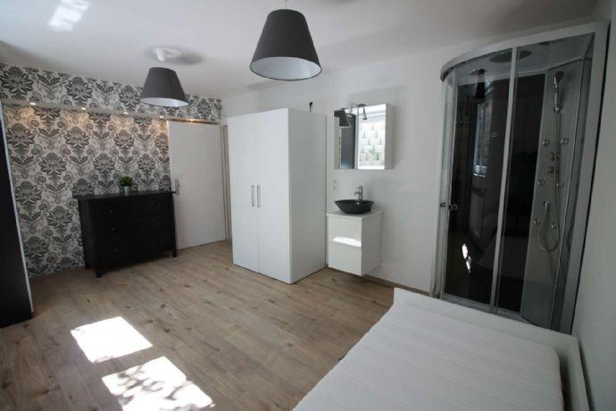 Helles, lichtdurchflutetes und voll möbliertes 1-Zimmer-Apartment