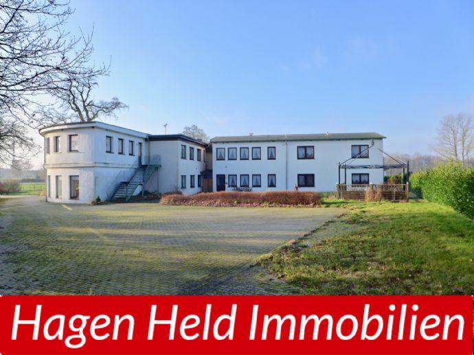 Alten- und Pflegeheim ca. 1.126,22 m² WFL.,nebst Bungalow ca. 114,36 m² WFL., auf 3.423 m² Grund in der holsteinischen Schweiz