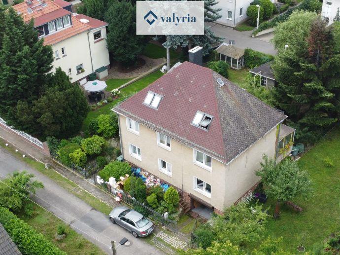 Sanierungsbedürftiges Wohnhaus in attraktiver Lage