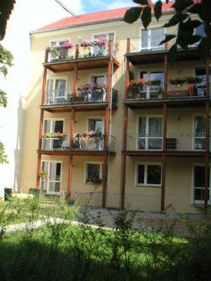Hinterhaus mit Balkonen