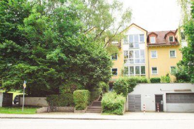 2 Zimmer Dachgeschosswohnung mit Wintergarten
