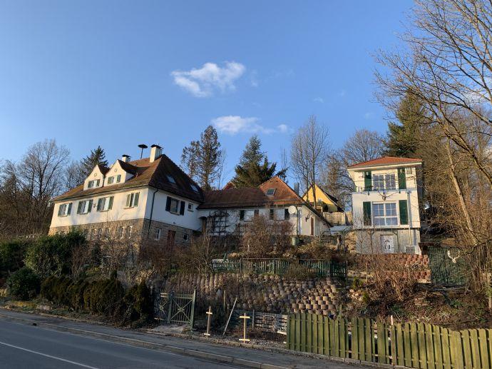 Exklusives Einfamilienhaus mit lukrativer Einnahmequelle