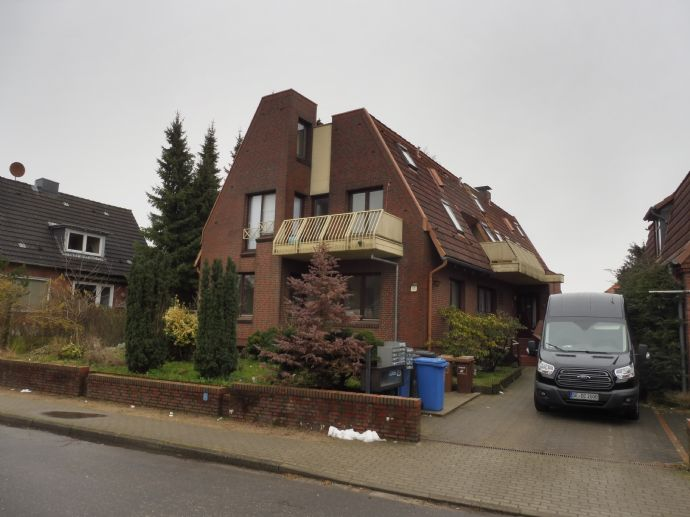 Bad Bramstedt 1 möbliertes Zimmer mit eigenen Duschbad und Balkon
