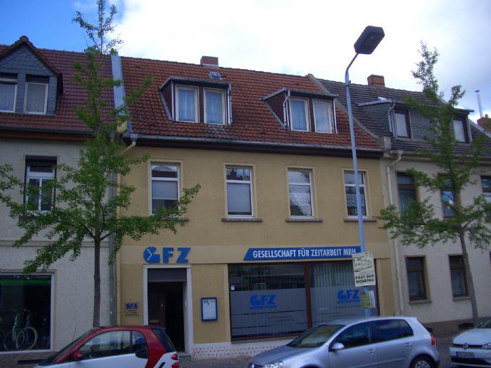 Sehr schöne 2 Raum Wohnung im Herzen von Bernburg