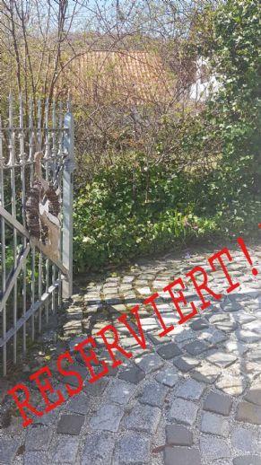 +++ IDYLLISCHE LAGE +++ Gehegtes und gepflegtes Einfamilienhaus mit Doppelgarage in Leutenbach!