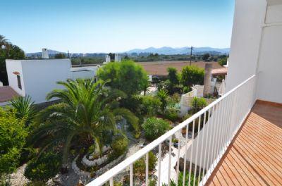 Wir bieten Ihnen schöne Ferienapartment in Ibiza Talamanca, Jesus, Siesta, Playa den Bossa.......