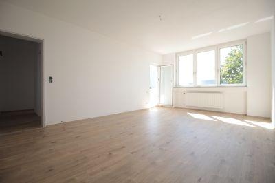 sanierte traumwohnung auch als kapitalanlage optimal 5 74. Black Bedroom Furniture Sets. Home Design Ideas
