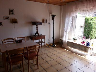 Der Wohnraum mit Terrassenzugang