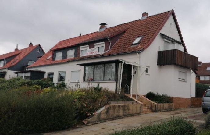 Geräumige Doppelhaushälfte mit Potential! reserviert!