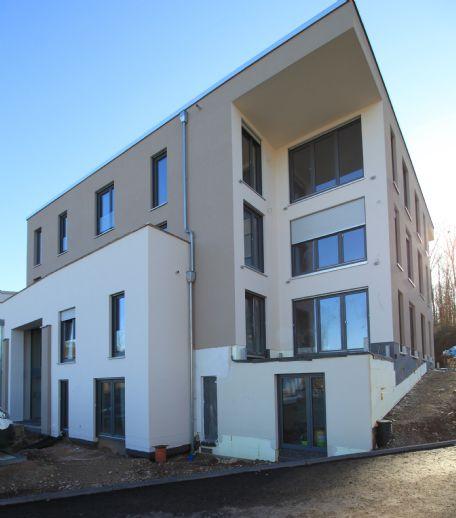Erstbezug: Modernes Wohnen direkt am Wald in Feyen/Castelnau