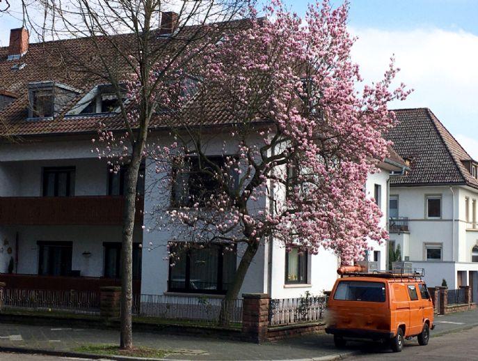 Traumhafte 4,5 Zimmer-Maisonette Wohnung mit Garten und Garage