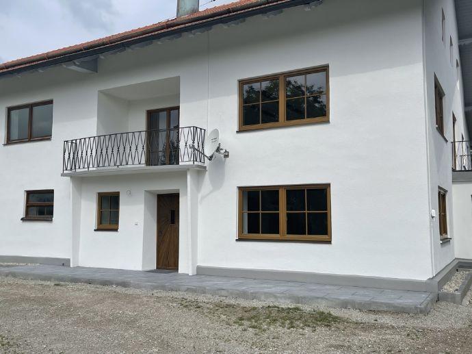 Schönes renoviertes Bauernhaus mit Garten