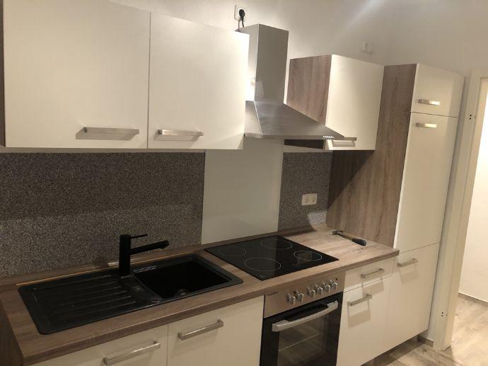 Renovierte 3-Zimmer-Wohnung mit Einbauküche in Farnstädt