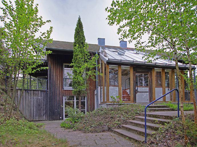 Einzigartiges Architektenhaus im Grünen