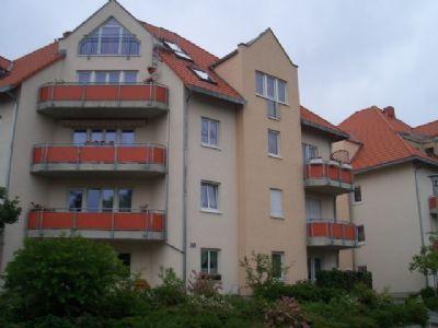 Super schöne 1-Zimmer Wohnung im 1.OG., mit Balkon, Fahrstuhl und PKW Stellplatz in zentraler ruhiger Lage von Coswig zu vermieten!!