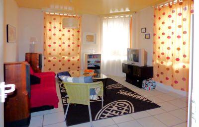 9 - Wohnzimmer 1.OG