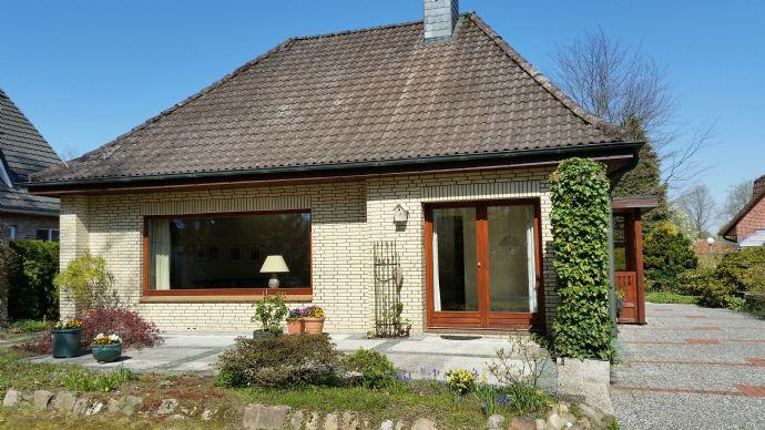 RESERVIERT!! Großzügiges, freies Einfamilienhaus mit ca. 156 m² Wfl/Nfl. in einer TOP-LAGE!