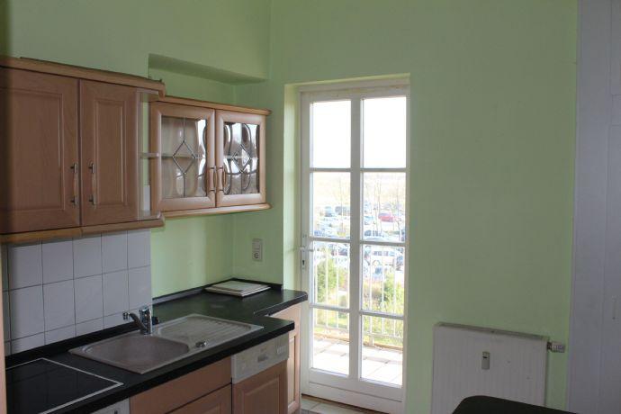 3-Raum-Wohnung mit EBK und Balkon