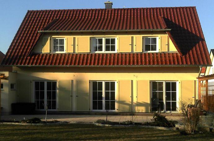 Hartha Haus Mit Einliegerwohnung Und Garage Einfamilienhaus Döbeln