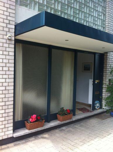 Dachgeschoß-Wohnung im Herzen der Innenstadt (Seitenstraße)