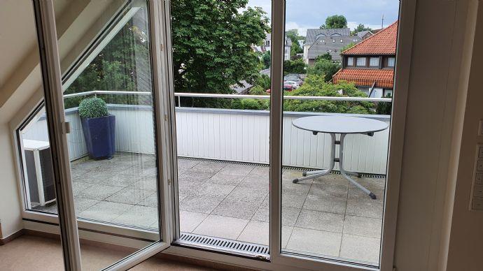 Seniorenwohnung !!! Sehr schöne bevorzugte Wohnung am Kurpark. 3 Zimmer mit großer Terrasse, Klima