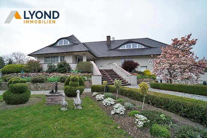 Sie suchen eine luxuriöse Villa mit angemessener Ausstattung? Schauen Sie sich diese Immobilie an!