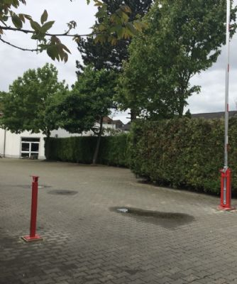 Krefeld Garage, Krefeld Stellplatz