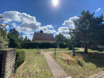 Voll erschlossenes Grundstück in familienfreundlicher und ruhiger Lage Berlin-Kaulsdorfs