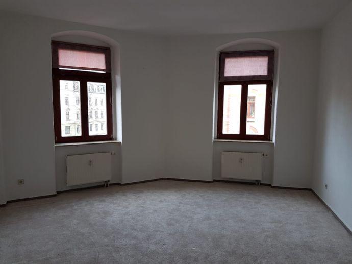 Schöne 2-Zi Altbau-Wohnung ab sofort zu vermieten