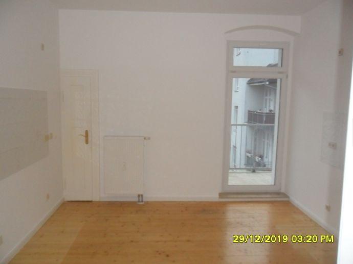 Schöne 4-Raum-Wohnung mit Balkon auf dem Kassberg
