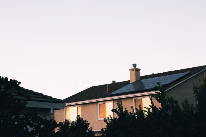 Freistehendes Zweifamilienhaus mit Garten