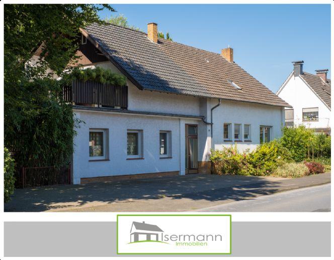 Großzügiges Zweifamilienhaus im Herzen von Marienfeld - auch für Freiberufler bestens geeignet