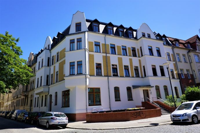 Geräumige 2-Raum-Wohnung im sanierten Altbau!